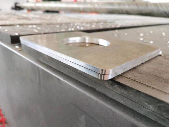 CNC               frézování na portálové frézce Raptor