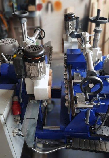 Detail CNC frézy na dřevo