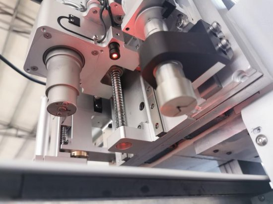 CNC Plotr pracovní hlava