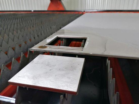 Vzorek výpalku nerez plazmový řezací stroj HQC