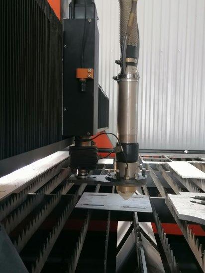 Plasma torch mounting