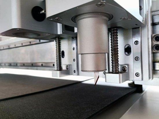 Oscillating knife on a CNC plotter