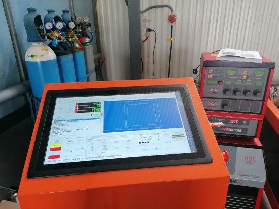 CNC-Plasma-Bedienfeld