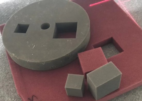 CNC Plotr               řezání pěny