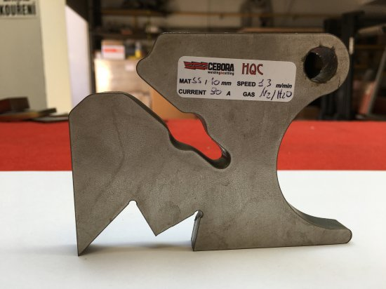 CNC-Plasmaschneiden von Edelstahlmaterialien